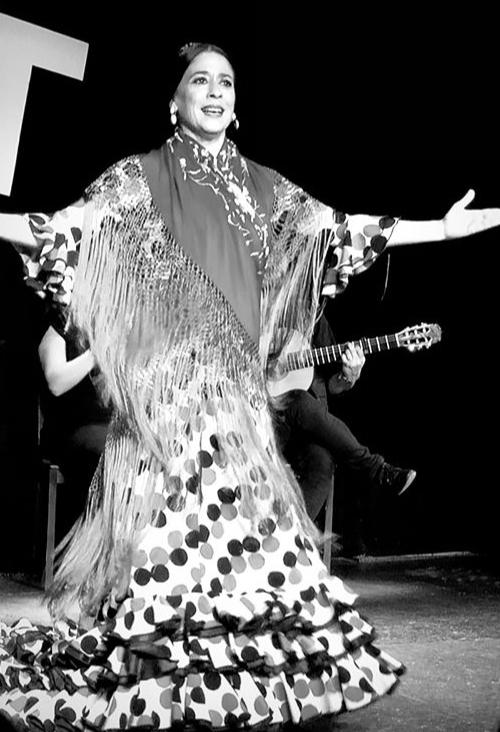 Marisa Adame bailaora Flamenca